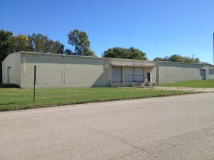 Industrial Warehouse For Sale - 905 N First St.